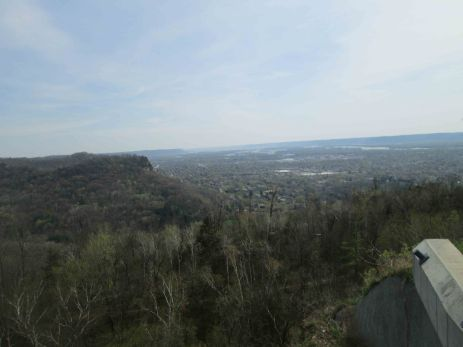 Facing South from the overlook at Granddad Bluff.