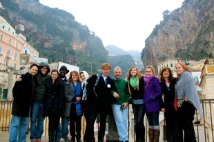 """The cast of """"Broadway in Ravello"""". Photo by Amanda Kohl."""
