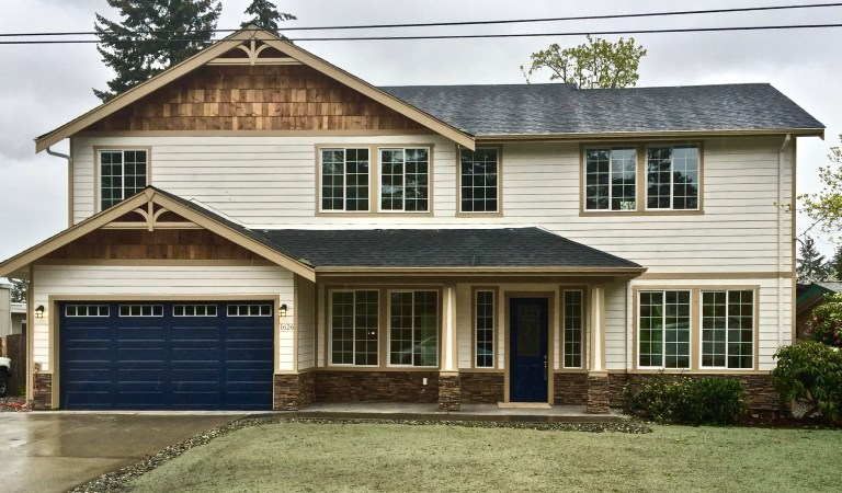 2017 Seller – 5bd/2.5ba | Bellevue
