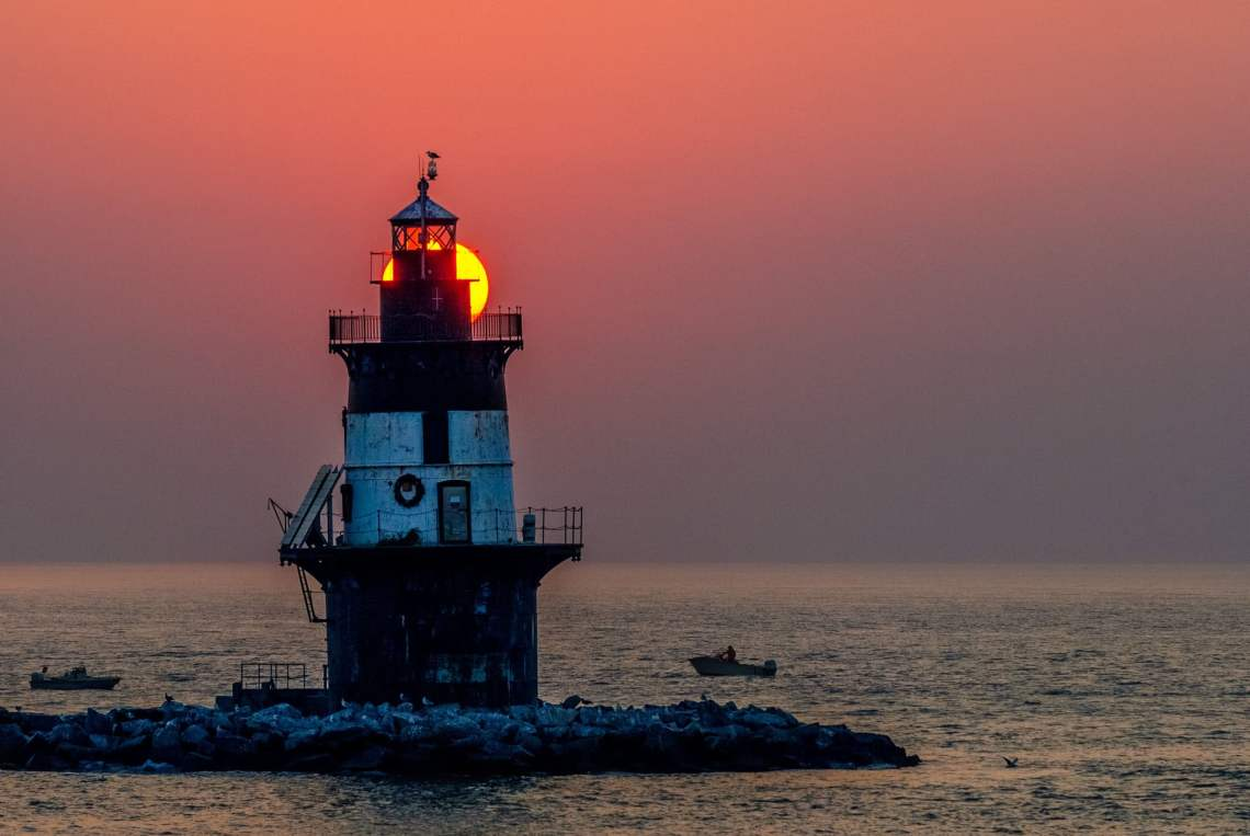 Peck Ledge Light