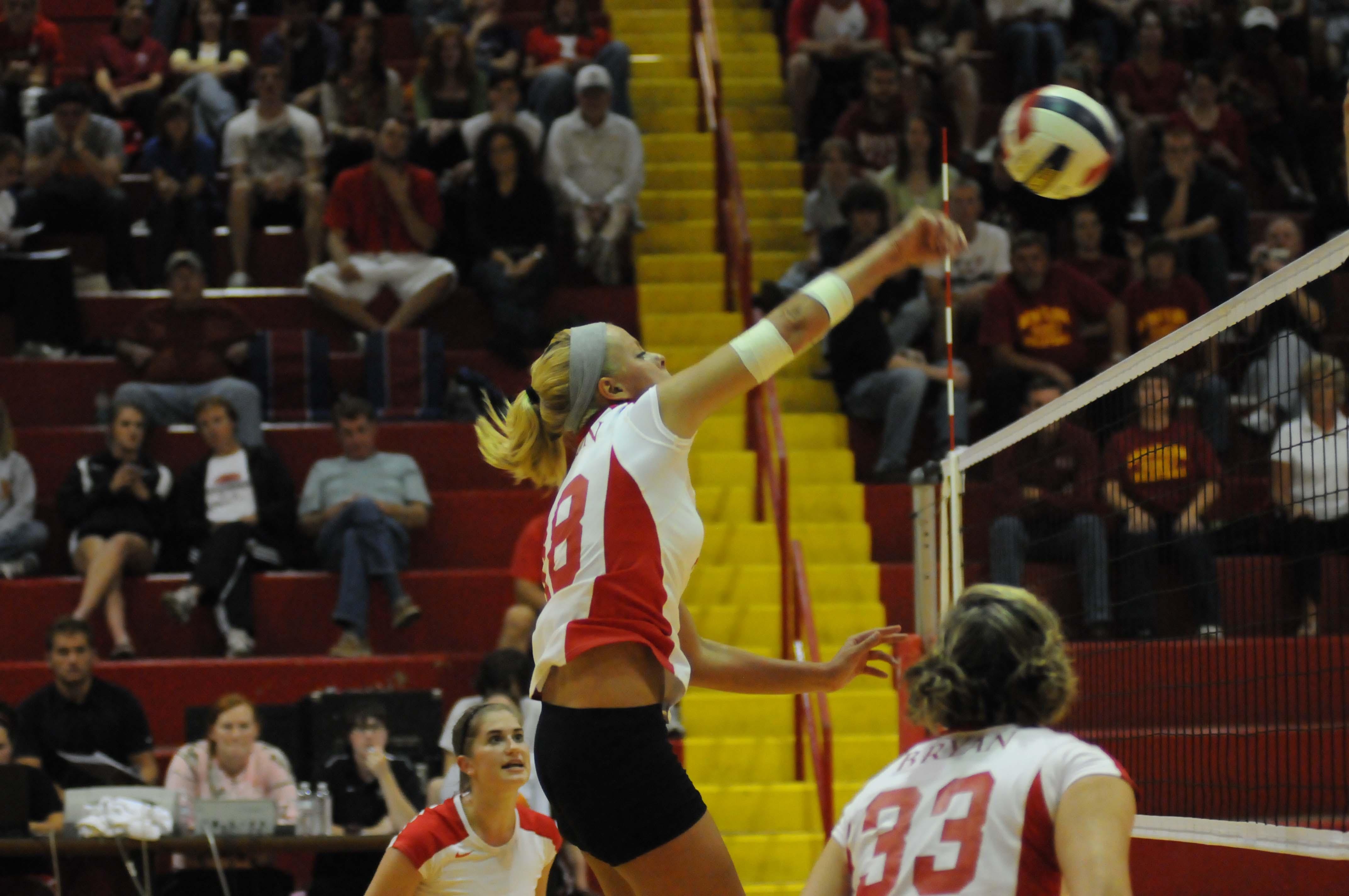 Wallpaper Engine Falling Girl Girls Volleyball Shorts Falling Off
