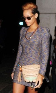 Rihanna arrives back to her hotel in London on Nov. 17. (Photo: INFphoto.com)
