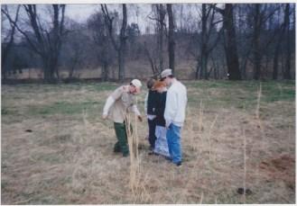 Teaching how to plant tree