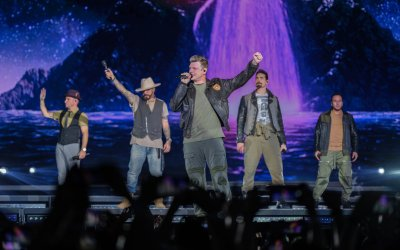 News: @BackstreetBoys' DNA World Tour is officially postponed