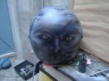 casco ojos zombie
