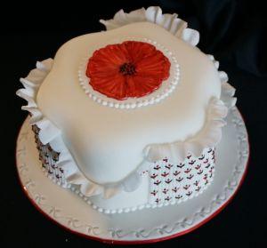 BOGNOR REGIS poppy cake