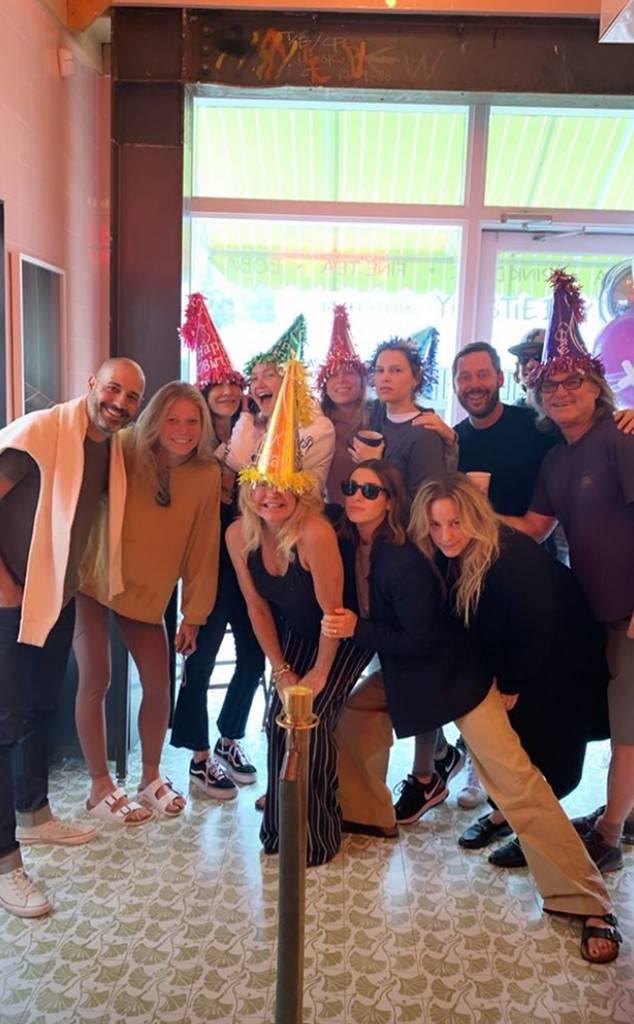 Kate Hudson, Goldie Hawn, Kurt Russell, Erin Foster, Sara Foster, Gwyneth Paltrow, 40th Birthday