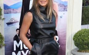 rs x Jennifer Aniston JR