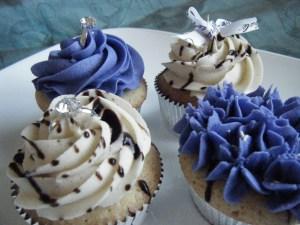 Bride-to-be Cupcakes   bsinthekitchen.com #bridal #cupcakes #bsinthekitchen