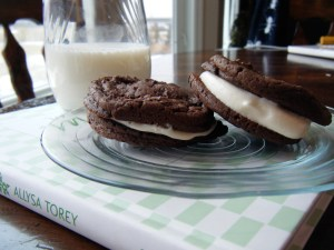 Homemade Oreo Cookies | bsinthekitchen.com