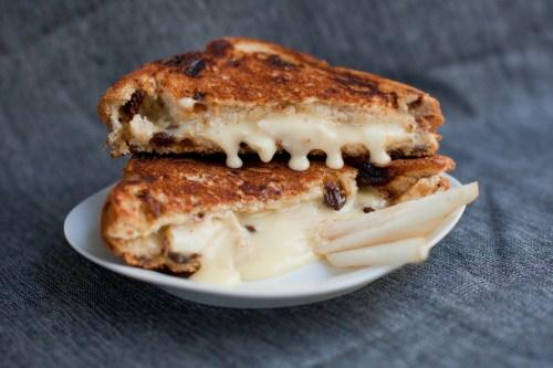 Brie & Pear Grilled Cheese | bsinthekitchen.com #grilledcheese #sandwich #bsinthekitchen