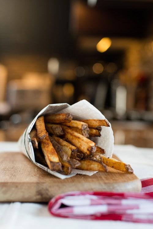 Baked French Fries | bsinthekitchen.com #frenchfries #healthy #bsinthekitchen