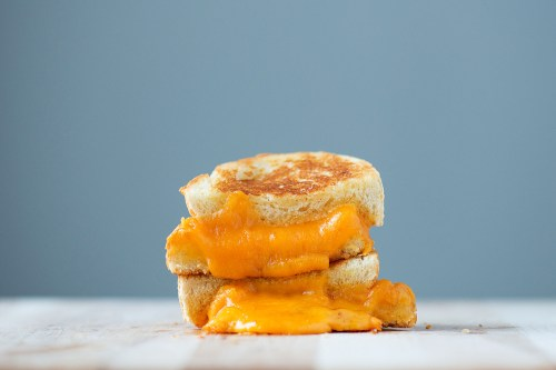 The Classic Grilled Cheese | bsinthekitchen.com #grilledcheese #sandwich #bsinthekitchen