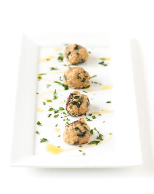 Turkey, Spinach & Bacon Meatballs | bsinthekitchen.com #dinner #healthy #bsinthekitchen