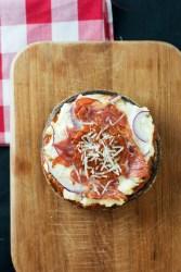 Italian Portobello Pizza | bsinthekitchen.com #pizza #lowcarb #bsinthekitchen