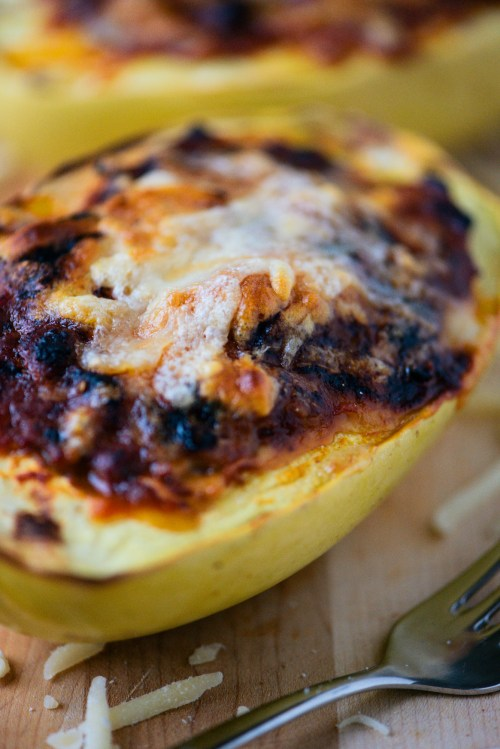 Spaghetti Squash & Meat Sauce | bsinthekitchen.com #healthy #dinner #bsinthekitchen