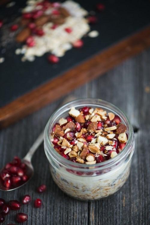 Pomegranate Almond Oatmeal   bsinthekitchen.com #oatmeal #pomegranate #bsinthekitchen