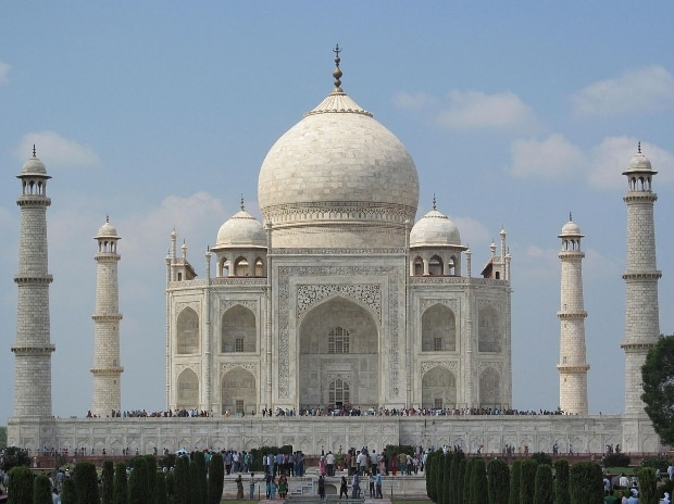Taj Mahal. Photo: Wikipedia