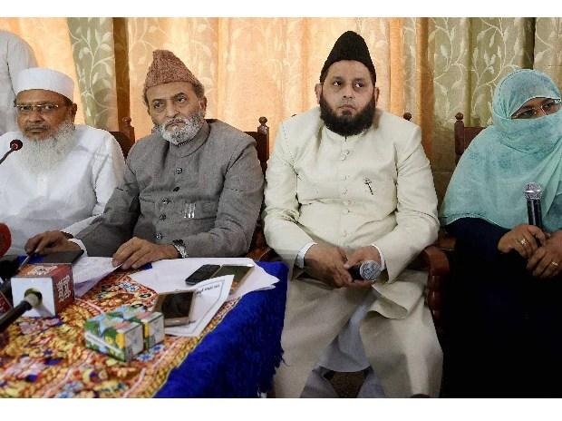 AIMPLB General Secretary Maulana Wali Rahmani with Executive Members Zafaryab Jilani, Maulana Khalid Rasheed Farangi and Women's wing head Asma Zahra. File Photo
