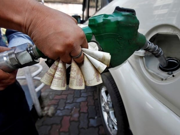 Indian Oil successfully rolls out daily revision of petrol, diesel prices