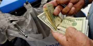 US govt posts $134-billion budget deficit in October: Treasury dept