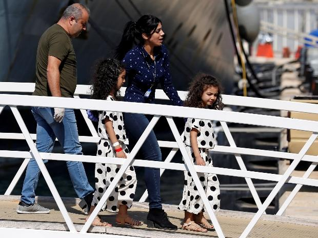 Migrants separated from their children will be allowed into the US