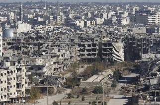 A general view shows al-Qosour neighborhood of Homs, Syria © Omar Sanadiki / Reuters