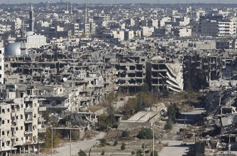 A general view shows al-Qosour neighborhood of Homs, Syria © Omar Sanadiki / Reuters