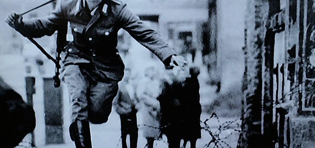 Die DDR – Rückblick in die damalige Zeit : Flüchtlinge