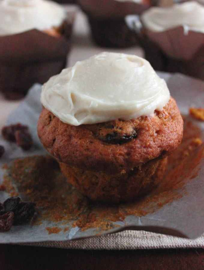 Pumpkin Carrot Cupcakes with Maple Cream Cheese Frosting