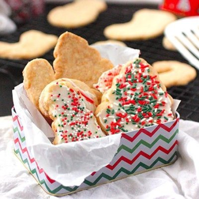 Best Shortbread Recipe for Christmas Cookies