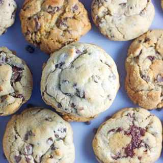 Bakery Chocolate Chip Cookies