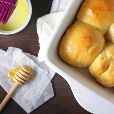 30-Minute Honey Butter Rolls Recipe