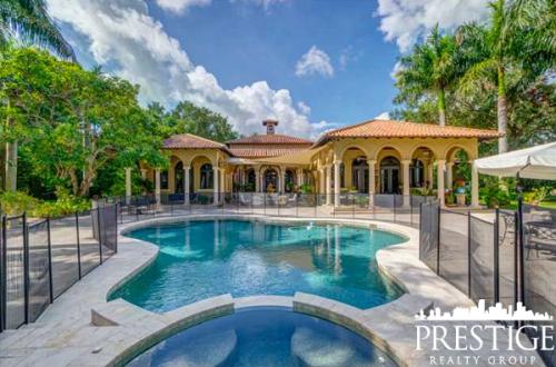 Miami Neighborhood Comparison - 2017 Quarter 1 - Miami, FL Real Estate - Prestige Realty Group