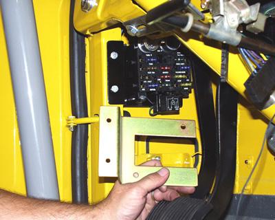 10 1120M2?fit=400%2C320&ssl=1 fuse box mounting bracket gm style fj40 toyota land cruiser btb fuse box 40 amp at honlapkeszites.co