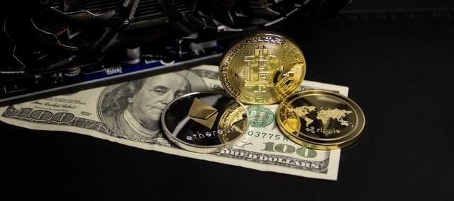 Handel Cryptocurrencies in via CMSTrader.
