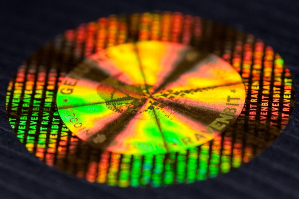 ravenbit-security-hologram-rainbow-1012-1200
