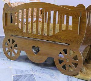 ITALIAN WOODEN BED FOR KIDS