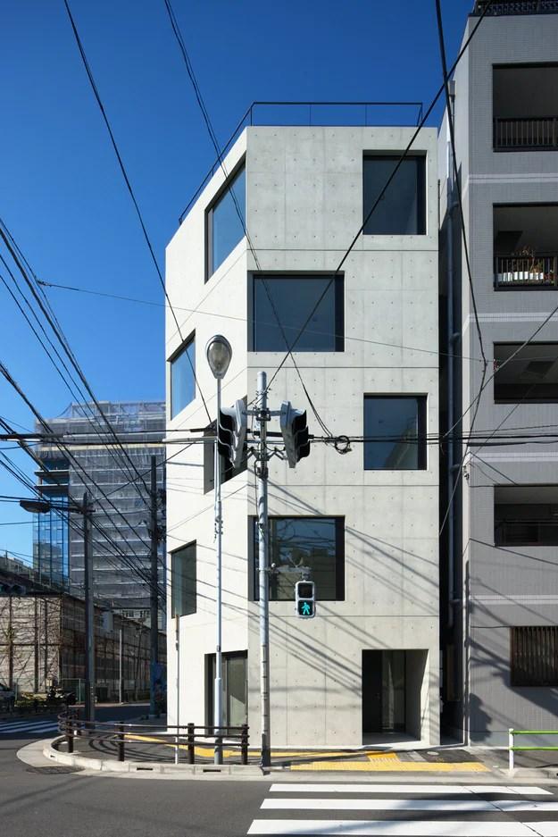 DAMIER par Satoshi Kurosaki, Higashiueno, Taito, Japon