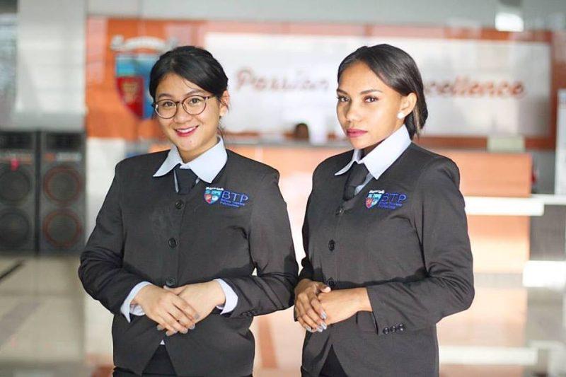 (Nindi dan Lydia) Mahasiswa BTP On The Job Training di THE SOFITEL Beach Resort Bali