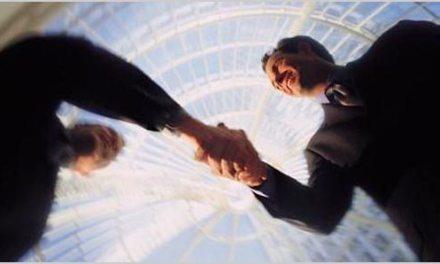 Should Freelancers Offer Referral Bonuses?