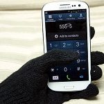 Touchscreen Gloves: Tatchies vs. iTech