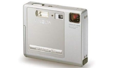 Throwback Thursday: Minolta DiMAGE Xi Digital Camera (2002)