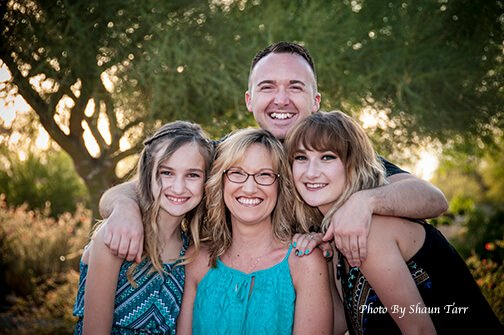 Shaun Tarr Photographs Mother and Four Children in Tolleson, Arizona