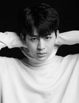 ❸ iKON ユニョン (SONG)