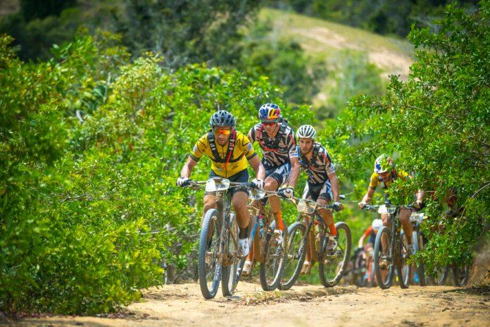 Tiago Ferreira e Hans Becking lideram o Brasil Ride após a 2ª etapa