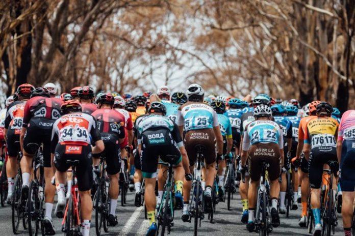 Caleb Ewan vence a 4ª etapa do Tour Down Under e Richie Porte mantém a liderança