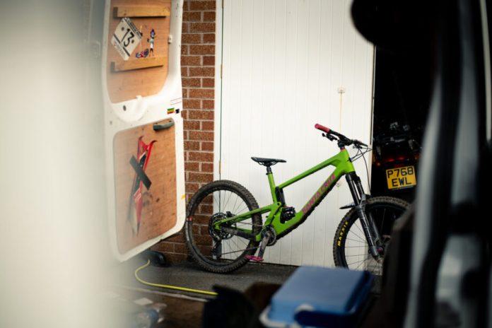 Santa Cruz Nomad 5, A Bicicleta Que Aguenta Qualquer Pancada   Santa Cruz Santa Cruz Nomad