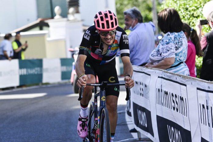 Alberto Bettiol Vence 18.ª Etapa Do Giro, Egan Bernal Segue Na Liderança