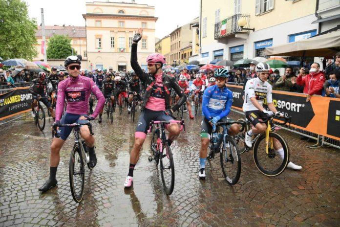 Taco Van Der Hoorn Vence Terceira Etapa Do Giro, Filippo Ganna Segue Líder E João Almeida Sobe Para 4º